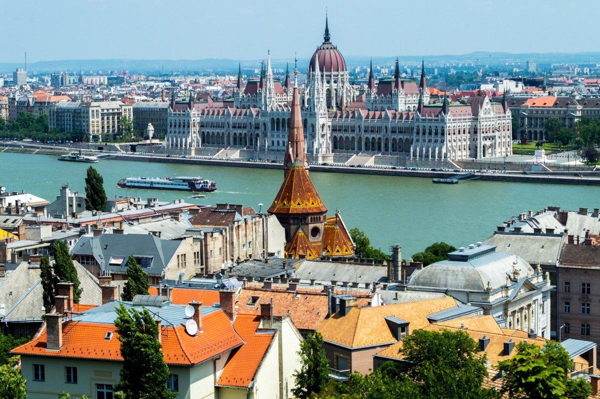 Новый год в Венгрии 2018 новогодние туры в Будапешт туры